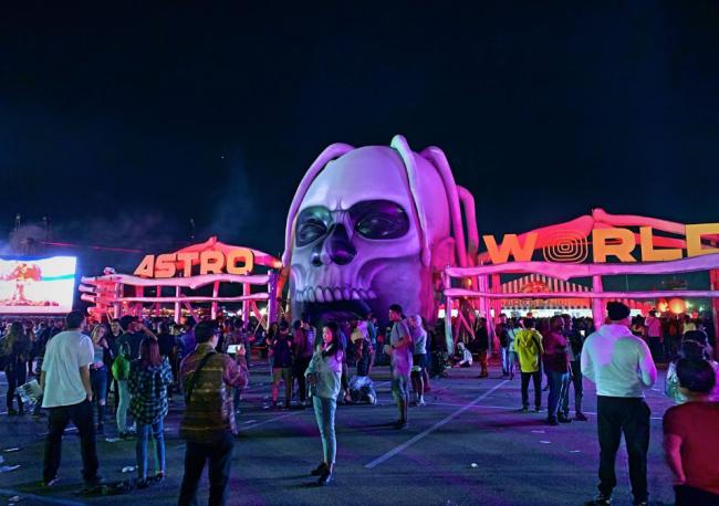 Travis Scott Astroworld Festival by Jamie Barrientos